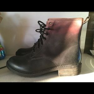 Lucky brand Women booties boots